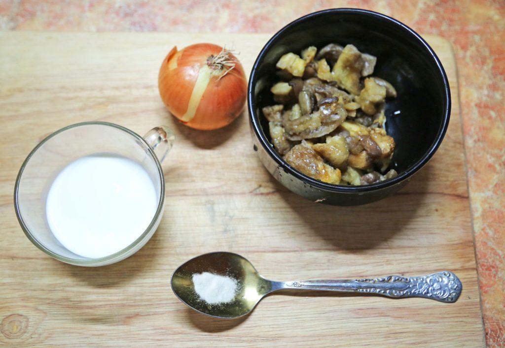 грибы в соусе сливочном
