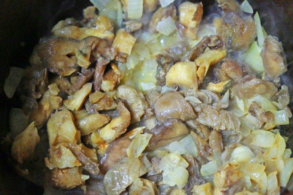 рецепт грибы в сливочном соусе