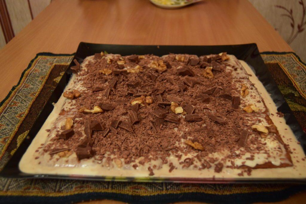 торт без выпечки со сгущенкой и печеньем