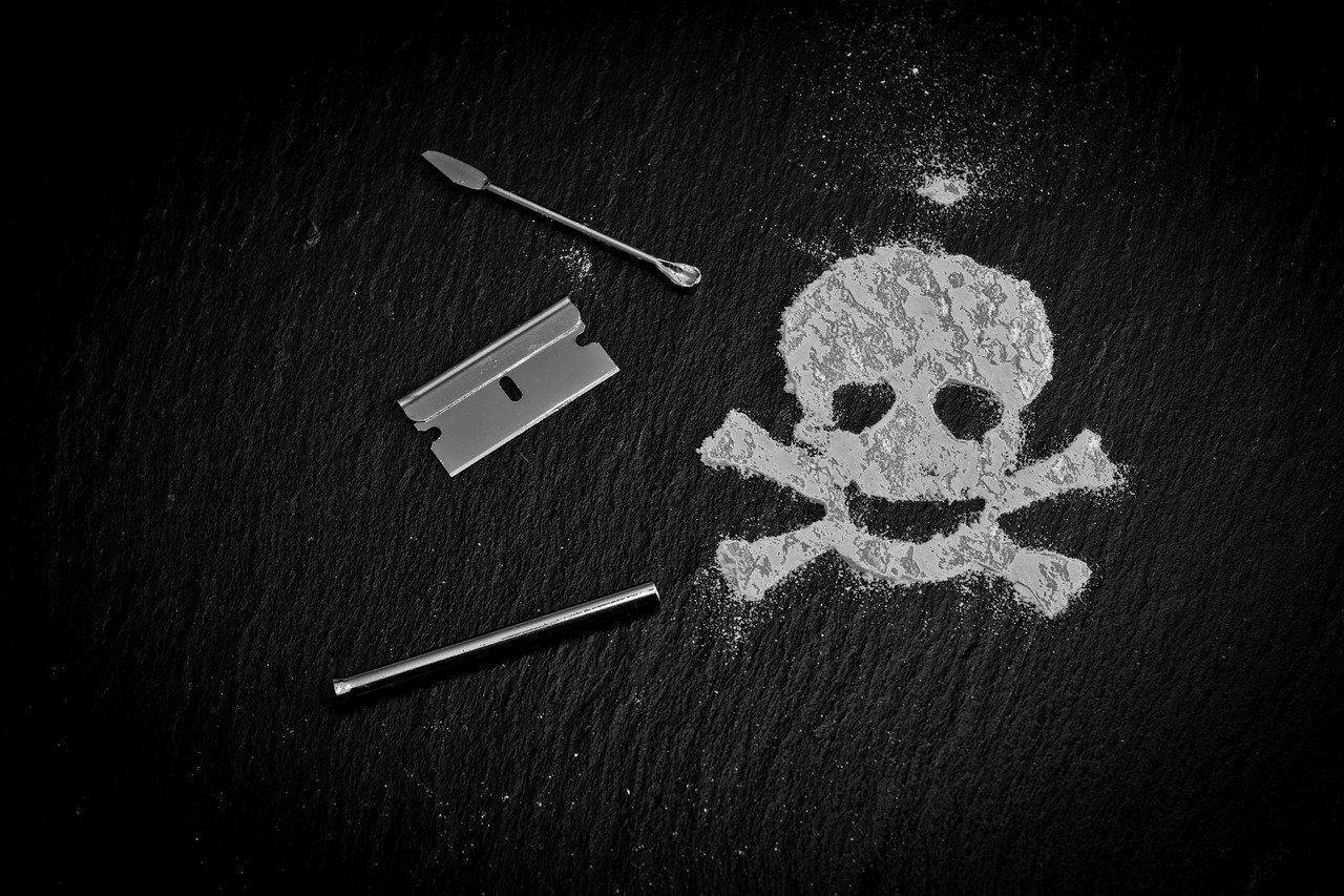 Признаки употребления наркотиков у подростков