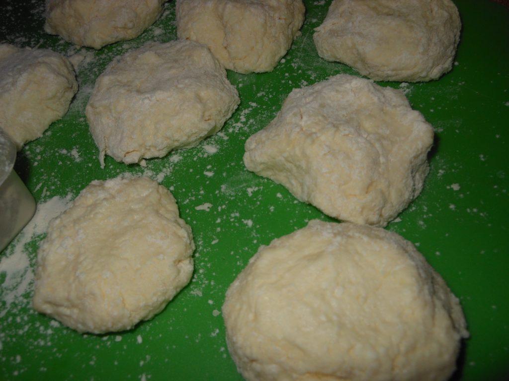 Как приготовить сырники из творога простой рецепт
