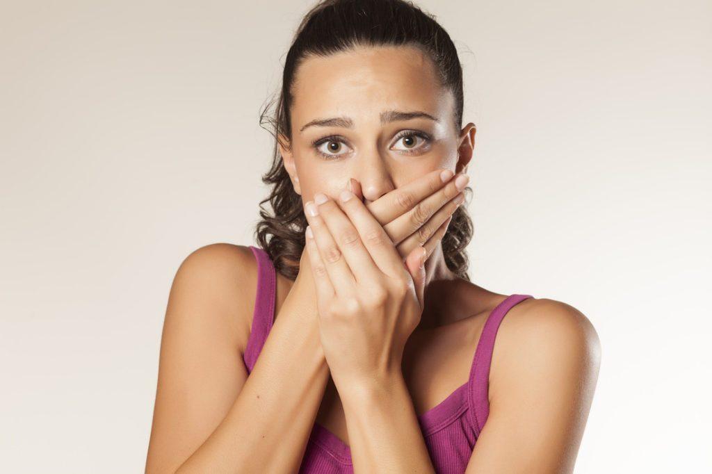 Горечь во рту во время еды причины