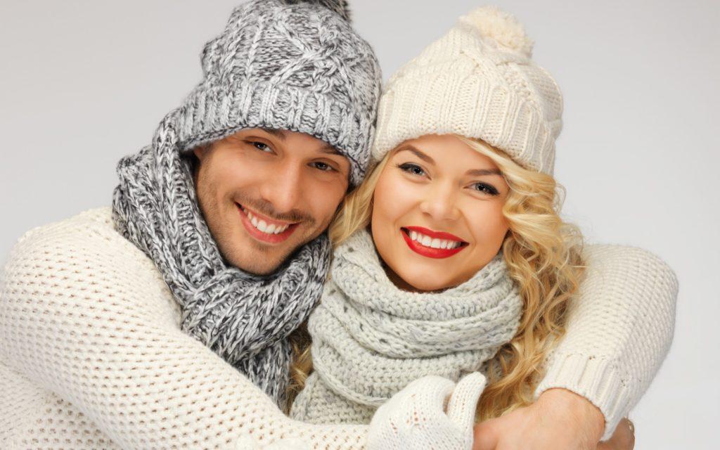 Что подарить парню на полгода отношений: теплый шарф