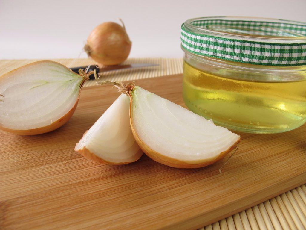 Лук с медом от кашля для детей рецепт