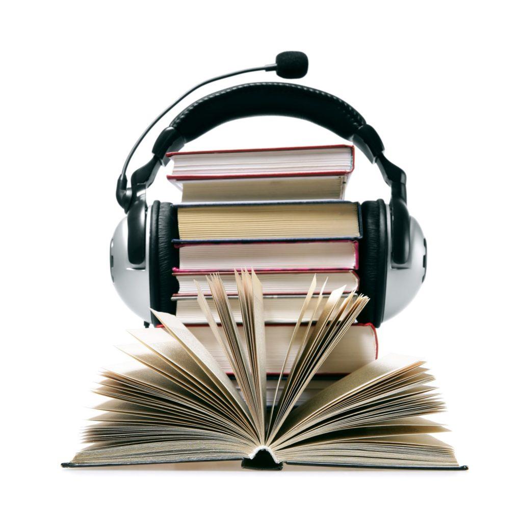 Что подарить парню на полгода отношений: редкая книга, музыкальный диск