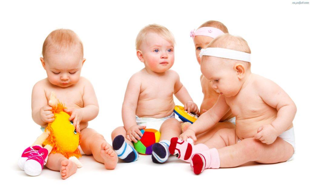 Что должен уметь ребенок в 1 год и 4 месяца