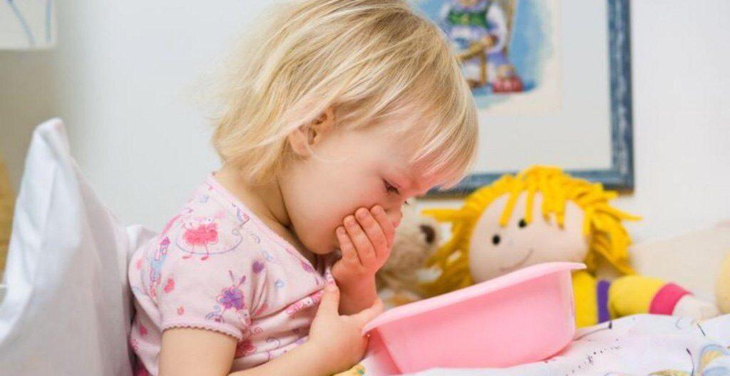 Ребенок сильно кашляет ночью до рвоты