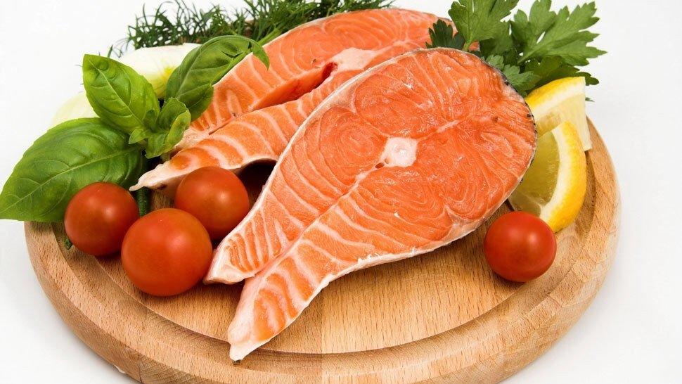 Как поднять давление в домашних условиях быстро:• жирные сорта рыбы и мяса