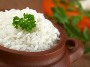 Как правильно варить рис на гарнир пошагово с фото