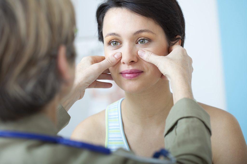 Как правильно промывать пазухи носа при гайморите