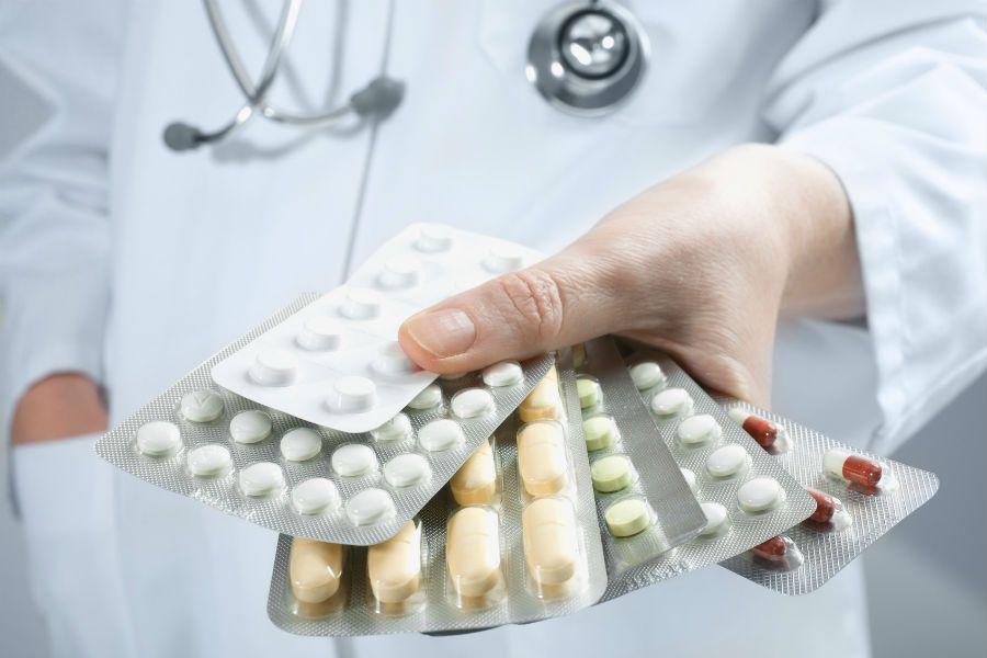 Антибиотики при кишечной инфекции у взрослых – список лучших