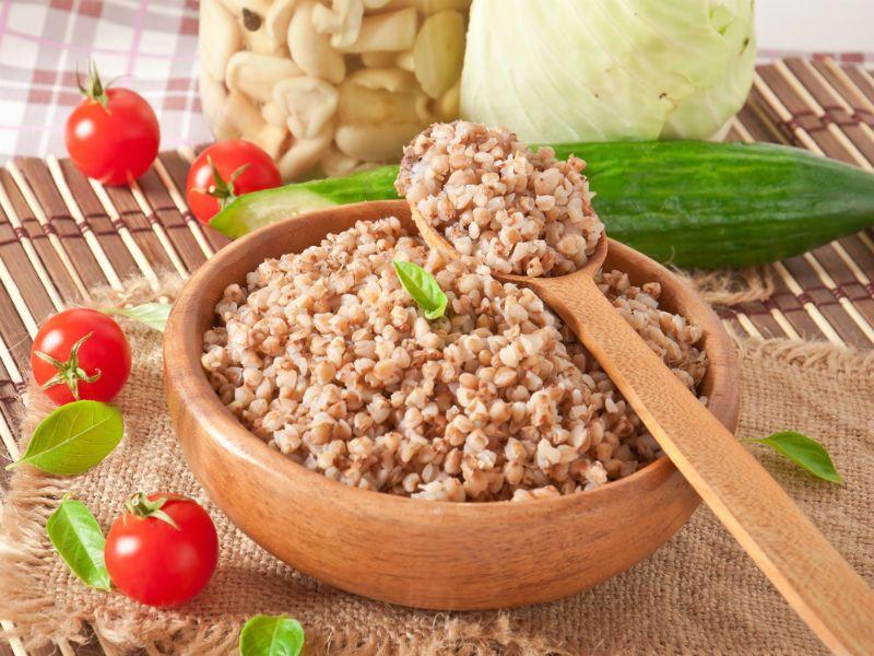 Сколько калорий в гречке вареной на воде и не только