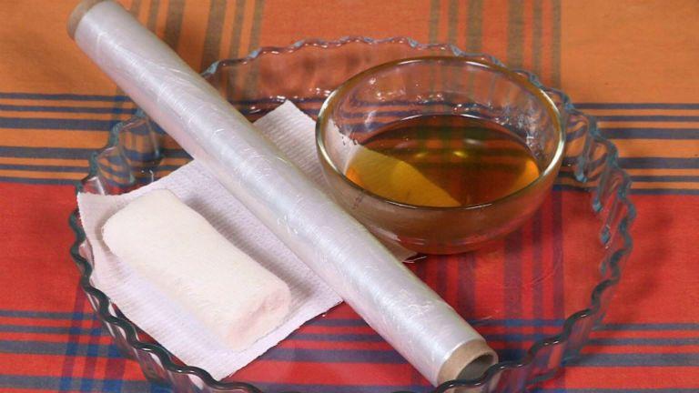 Лечение варикоза медом в домашних условиях, медом с солью или медом и чесноком
