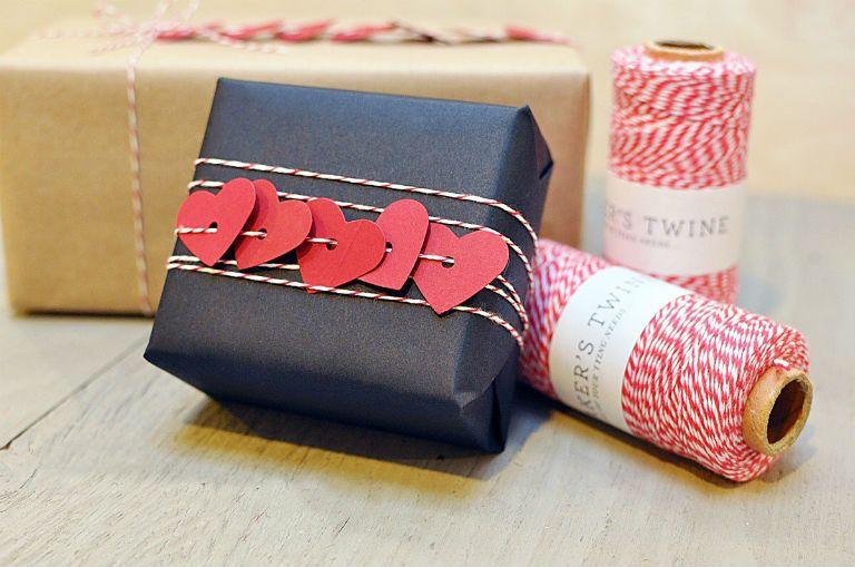 Как упаковать подарок бумагой своими руками