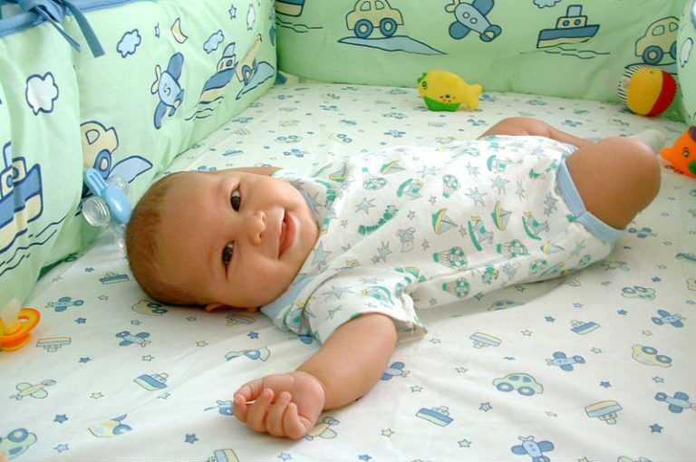 Что должен уметь ребенок в 3 месяца, мальчик или девочка