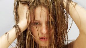34 жирные волосы