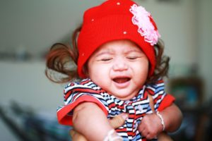 У новорожденного гной в глазах