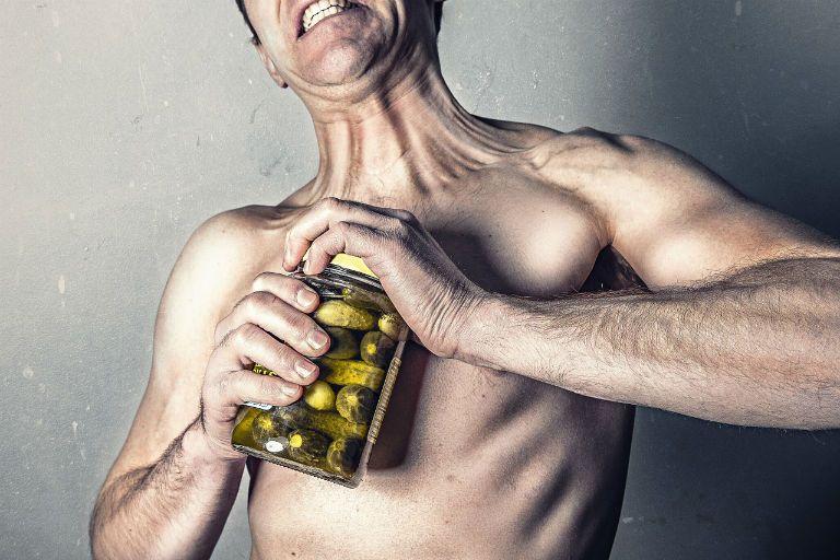 Зуд кожи тела причины и средства для его лечения