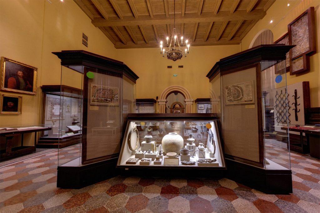 Достопримечательности Москвы куда стоит сходить: Исторический музей города Москва
