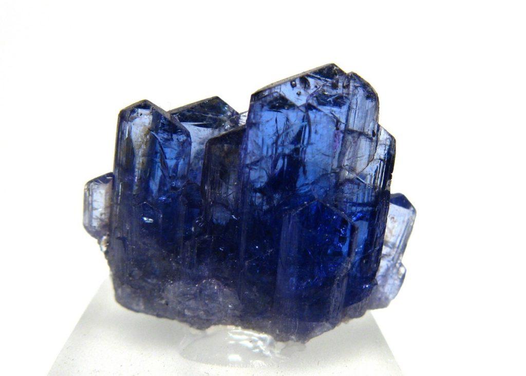 Как выглядит топаз: описание и фото синий