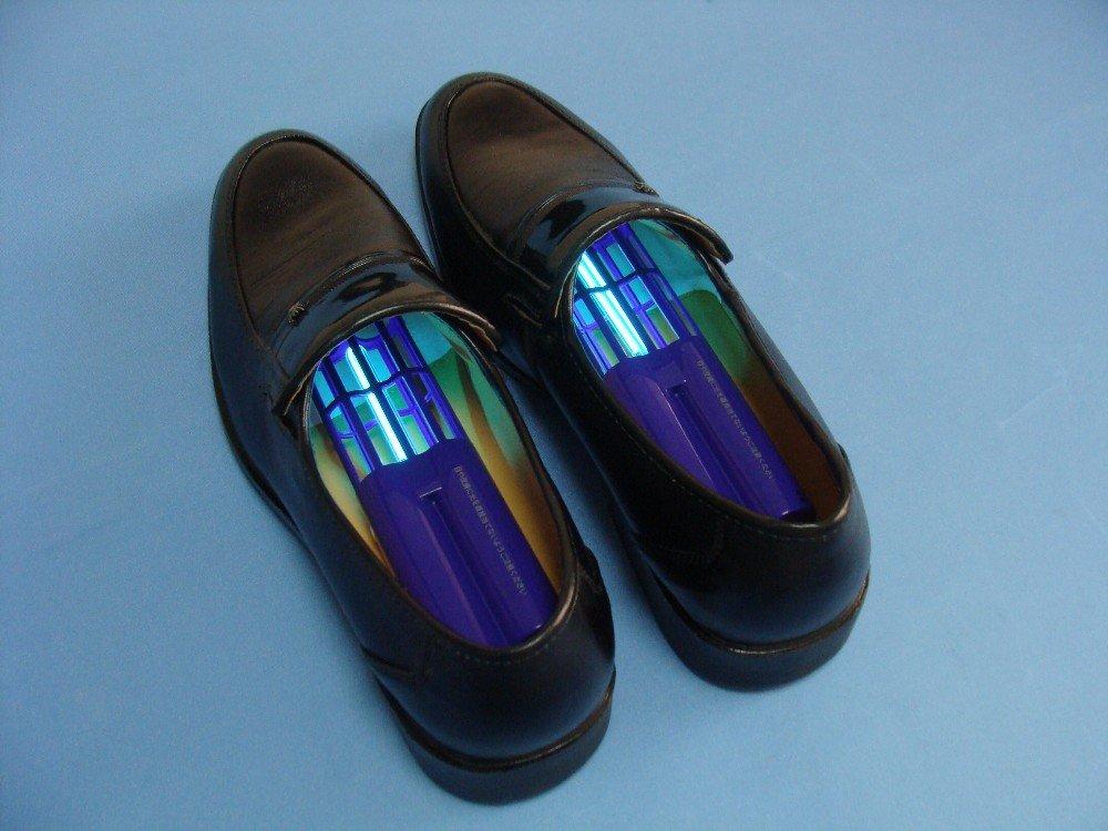 Как избавиться от запаха в обуви
