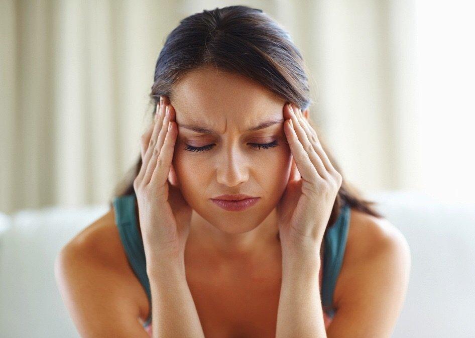 Щитовидная железа симптомы заболевания: внешние признаки, фото