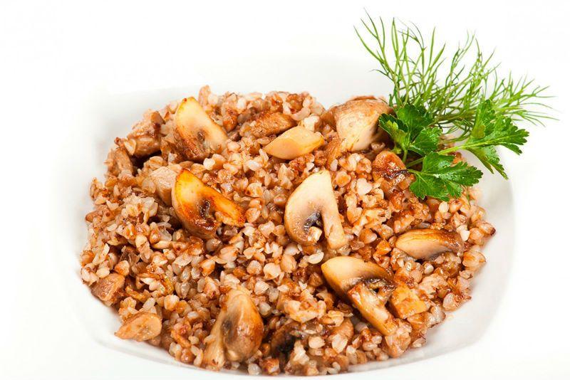 Сколько калорий в 100 гр запаренной гречки