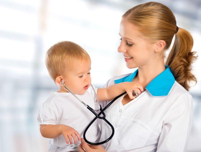 Каких врачей нужно пройти в 1 год