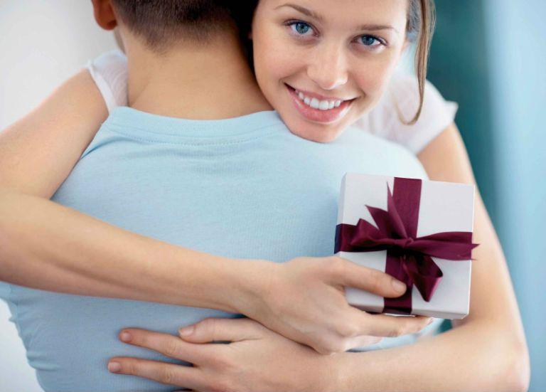 Что дарить жене на 2 года семейной жизни