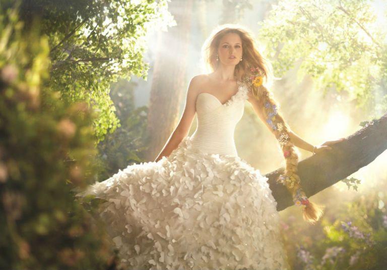 К чему снится видеть себя в свадебном платье: свадебное платье на себе