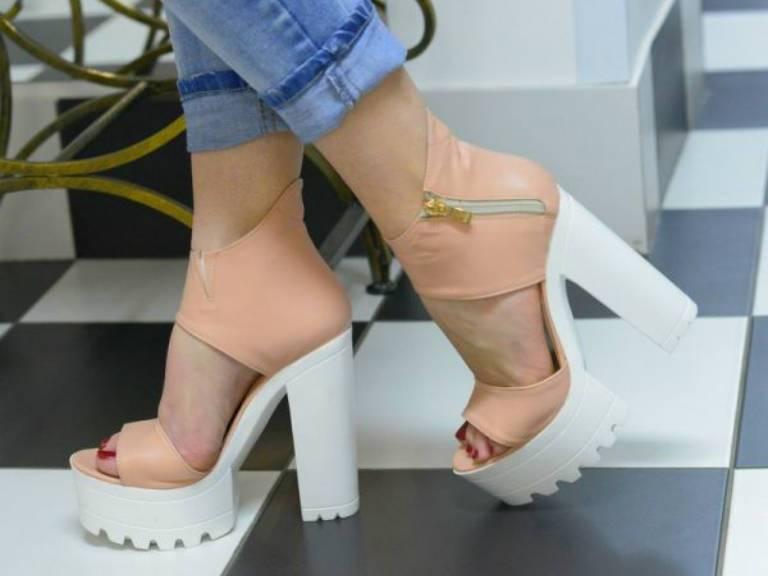 С чем носить обувь на тракторной подошве