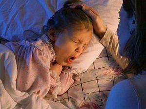 Лающий кашель у ребенка без температуры